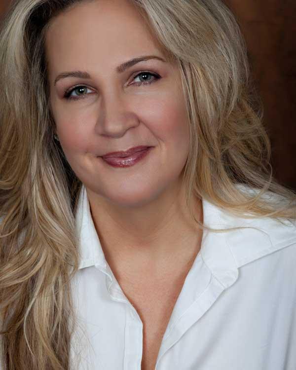 Cynthia Moffat